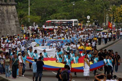 www fraces sobre el bicentenario del  de julio