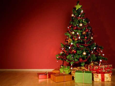 weihnachtsbaum b 228 ume aus papier plastik lifestyle