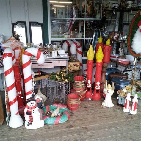 christmas thrifting house  hawthornes