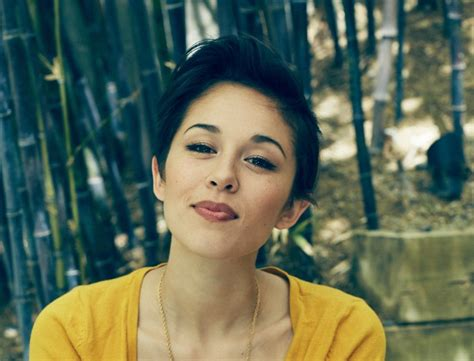 Kina Grannis Hits One Million