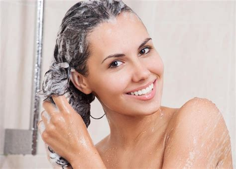 How To Choose The Best Shampoo For Hair