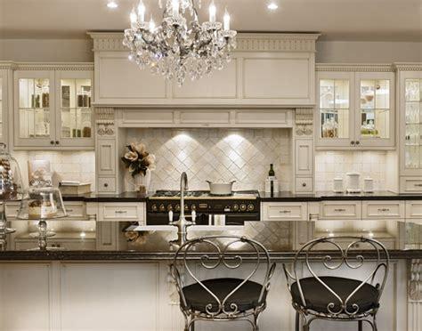 armoires de cuisine usagees comment donner un style provincial fran 231 ais 224 votre d 233 coration ameublements ca