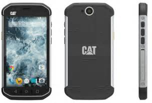 cat smartphone the new cat s40 smartphone can withstand drops from up to