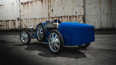 Is the bugatti baby ii electric type 35 remake a cheap bugatti or an expensive toy? Bugatti Baby II is a $90K, 70 km/h Electric Car For Kids? - Motor Illustrated