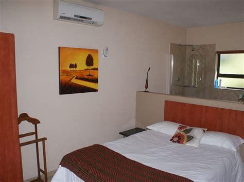 26715 bed and breakfast bedroom