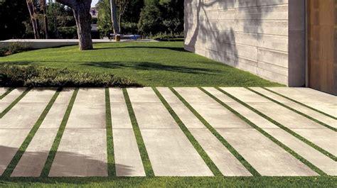 terrassenplatten auf erde verlegen verlegen platten aus 2 cm feinsteinzeug natursteinversand