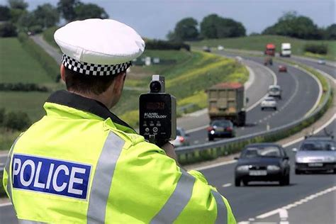 New Device To Alert Drivers Of Upcoming Speed Cameras, Red
