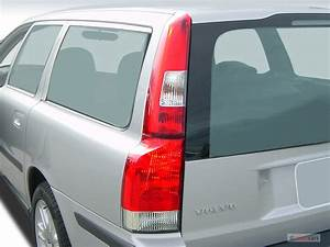 Image  2005 Volvo V70 2 4l Auto Tail Light  Size  640 X 480  Type  Gif  Posted On  December 7