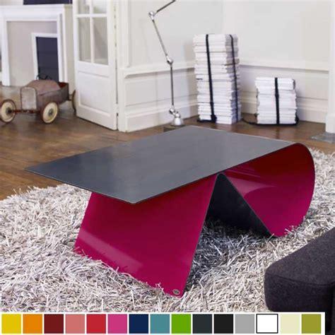 table basse haut de gamme en acier design goupille