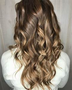 36 Curled Hairstyles Tending in 2018 So Grab Your Hair Curling Wand!