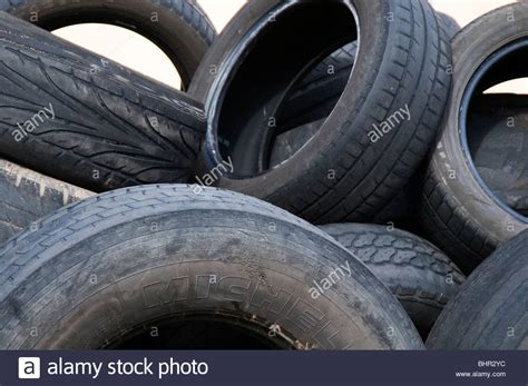 Old Car Tires Tyres Tire Tyre Cars Rubbish Tread Worn Out