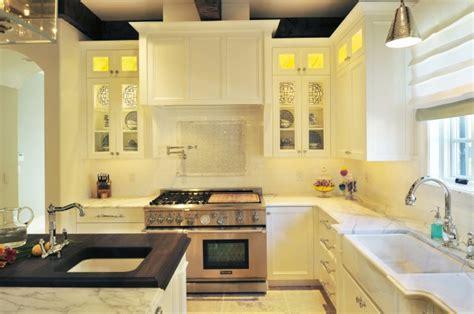 Calcutta gold Marble Backsplash   Transitional   kitchen