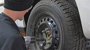 Pneu D Hiver : fredericton envisage de rendre les pneus d 39 hiver ~ Mglfilm.com Idées de Décoration