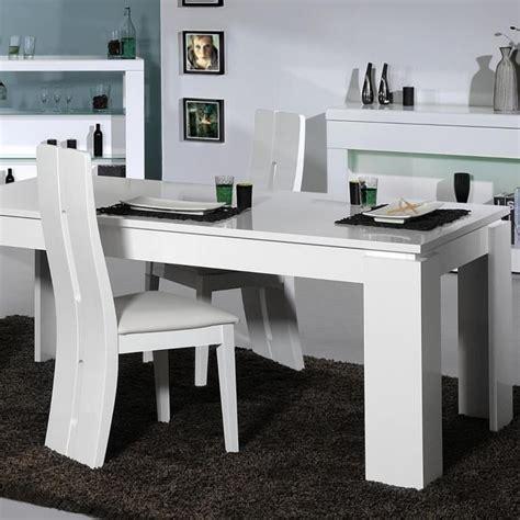 ensemble table chaises table a manger et chaises pas cher maison design bahbe com