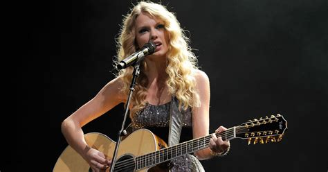 Which Taylor Swift Songs Are About Her Relationship With ...