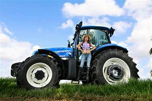 New Holland Tractor Full HD Wallpaper and Background Image ...