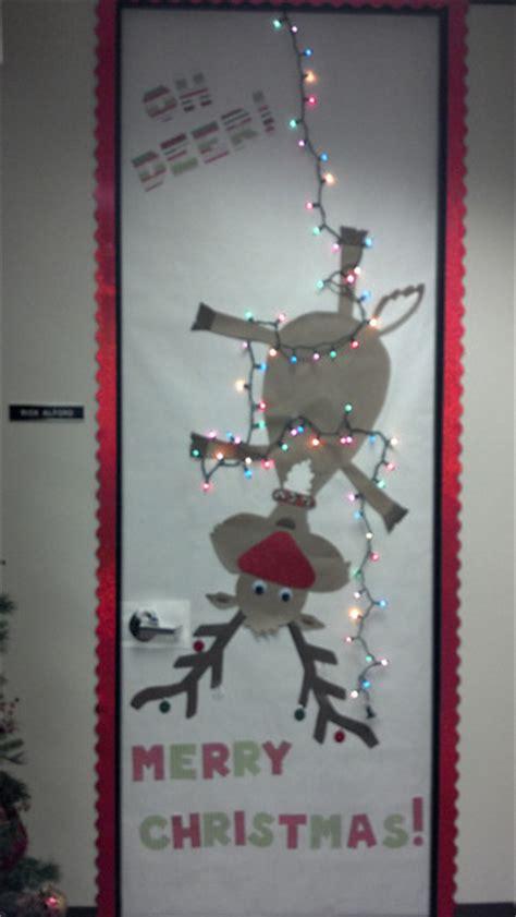 office christmas door decorating contest flamingos and door decorating contest
