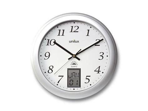horloge murale radio pilotee avec date manutan horloge murale contr 244 l 233 e par radio avec indication num 233 rique de la date cliquez pour