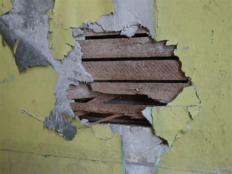 asbestos news   seal asbestos tiles