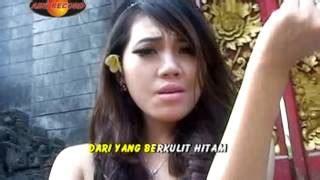 Download Mp3 Dangdut Bali Tersenyum Original