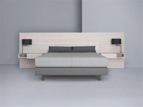 fauteuil pour chambre adulte tete de lit moderne en bois mzaol com