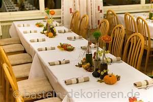 Herbst Tischdeko Natur : herbstliche tischdekoration f r den geburtstag basteln und dekorieren ~ Bigdaddyawards.com Haus und Dekorationen