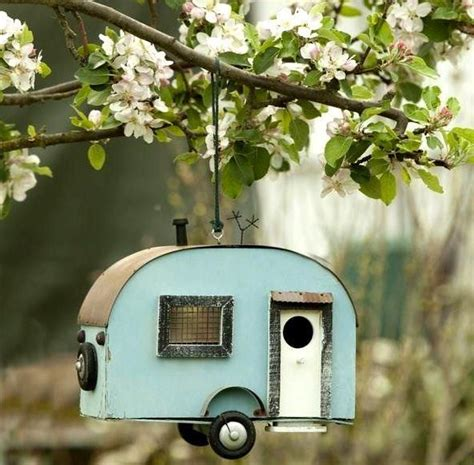 bird feeder where can i find this but then the caravan