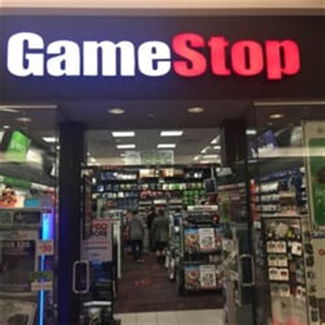gamestop phone number gamestop rental 495 union st