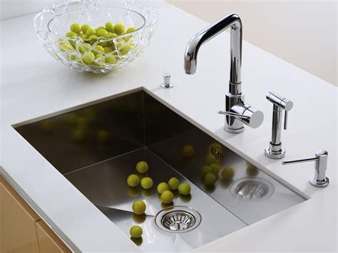 plan de travail cuisine avec evier integre évier intégré sous plan caractéristiques et pose ooreka