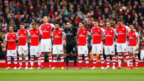 arsenal  sign  top quality players  win title