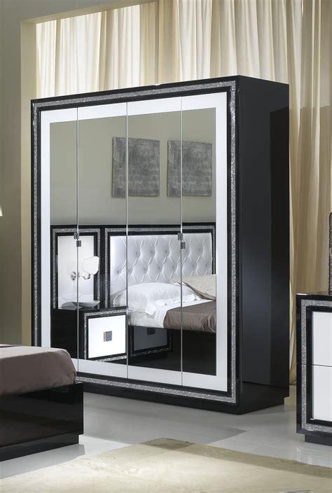armoire chambre adulte pas cher armoire de chambre design chambre armoire