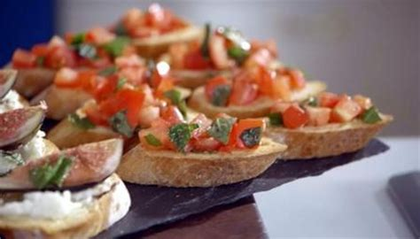 meaning of canape canapé crostini recipe simple recipes and search