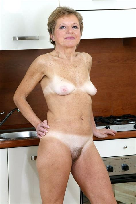 Granny Shows Her Wrinkled Parts Porn Pictures Xxx Photos Sex Images