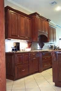 how to decorate kitchen cabinets kitchens traditional kitchen columbus mullet 7226