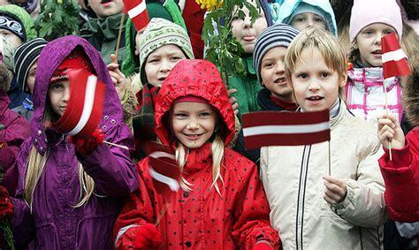 Iesakām pasākumus Latvijas valsts 99. jubilejas atzīmēšanai kopā ar bērniem - Kultūras un ...