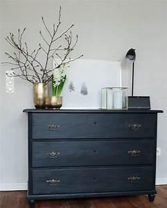 Alte Möbel Neu Streichen : eine alte kommode mit neuem anstrich und ein rezept f r eine k stliche zitronentarte blog ~ Eleganceandgraceweddings.com Haus und Dekorationen