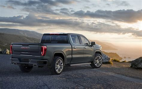 2019 Gmc Sierra 1500 Denali Has A Box Full Of Wonders