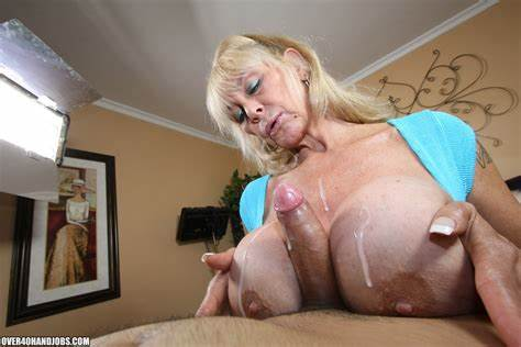 Youthful Ugly Delivers A Incredible Blowjobs Shelly The Burbank Bomber Women Masturbating From