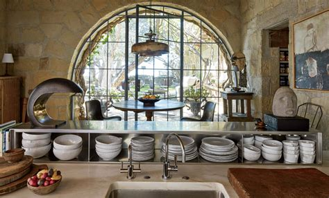 Instyle's Home Y Design : Peek Inside Ellen Degeneres's Stunning Santa Barbara Villa