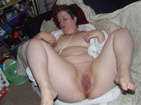Horney Housewives Spreading Bbw Fuck Pic
