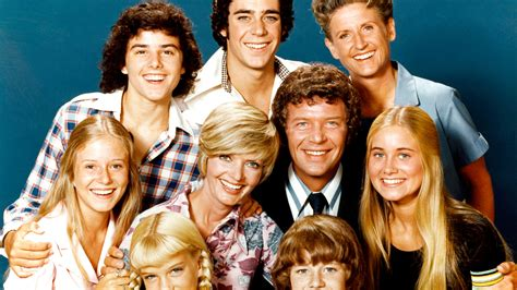 florence henderson upbeat mom of 'the brady bunch ' dies at 82 the new york times