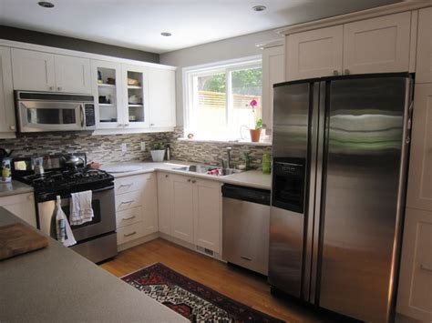 how to refresh kitchen cabinets low cost kitchen refresh with shaker cabinets 7329