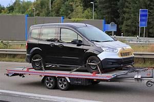 Ford Tourneo Courier Avis : scoop le ludospace ford tourneo courier restyl de sortie sur un plateau ~ Melissatoandfro.com Idées de Décoration