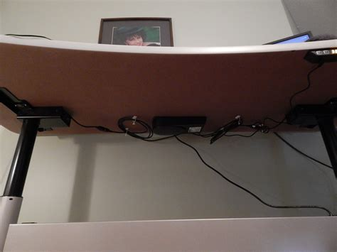 chambre am駭agement the stand up desk rises to the occasion joel cochran