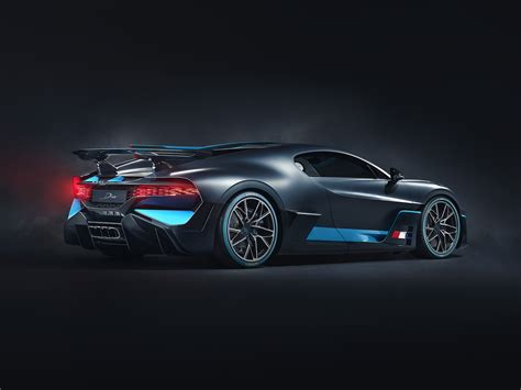 We drive one of just 40 of these $8.2 million, 1103kw/1600nm machines to be built. 2018 Bugatti Divo Rear View Photoshoot, HD Cars, 4k Wallpapers, Images, Backgrounds, Photos and ...