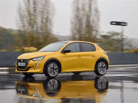 La Peugeot 208 est plébiscitée Voiture de l'année 2020 ...