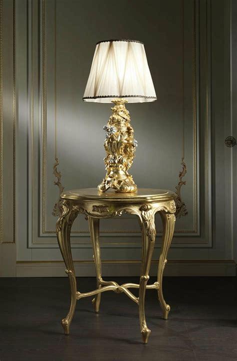 lustre chambre adulte le baroque un luminaire de caractère pour l 39 intérieur