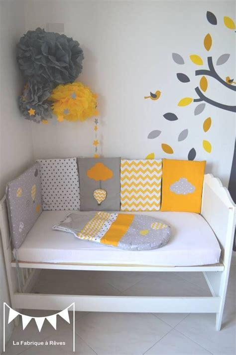deco chambre jaune les 25 meilleures idées de la catégorie oiseaux jaunes sur