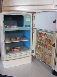 Tracy's Toys (and Some Other Stuff): Vintage Kitchen Playset
