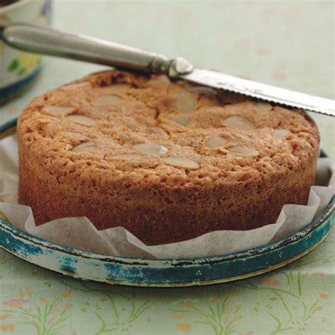 almond cake baking mad
